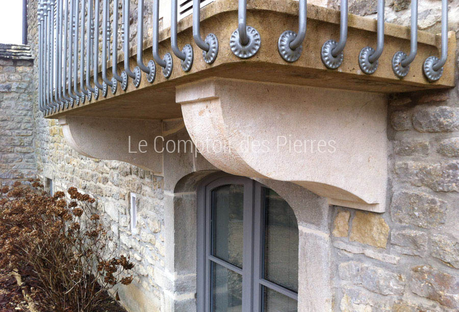 corbeaux balconpierre de bourgogne pierres naturelles de bourgogne. Black Bedroom Furniture Sets. Home Design Ideas