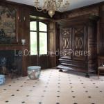 Dallage en pierre de BourgogneChagny doré et pierre BleueFinition adouci 40 x 40 cm, cabochons 7 x 7 cm