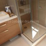 Vasque Saint-Rémy, plan vasque et receveur de douche en pierre de Bourgogne beige clair
