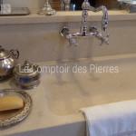 Vasque en pierre de Bourgogne beige clair