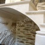 Escalier massif en pierre de Bourgogne Chahny Doré
