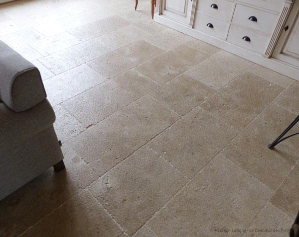 Dallage en pierre naturelle de bourgogne lavigny le - Dallage pierre de bourgogne ...