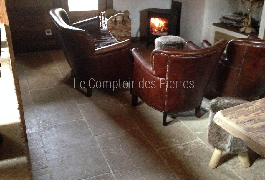 Dallage en pierre de Bourgogne Lavigny Monastère