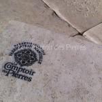 """Garanti fabrication 100% manuelle pour dallage en pierre de Bourgogne """"Vieilles Dalles de Bourgogne"""""""