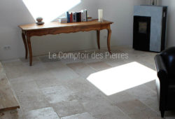 Vieilles Dalles Rustiques<br/>Burgundy limestone Saint-Genay<br/>Widths of 40 cm and random lengths