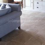 Dallage en pierre de BourgogneLanvignesFinition Vieux beaune LL40 cm