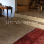 Paving in Burgundy limestone Lanvignes Monastere finish Widths of 40-50 cm and random lengths