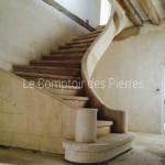 Escalier hélicoïdalen pierre de BourgogneSemond