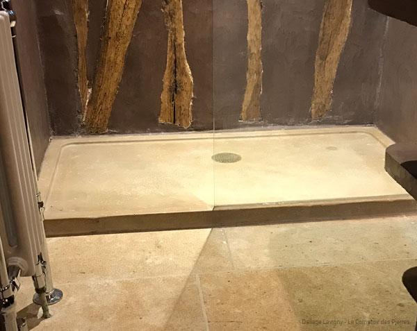 Receveur de douche en pierre