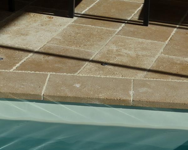 Bord de piscine en pierre - Lanvignes Doré-Jaune Tradition