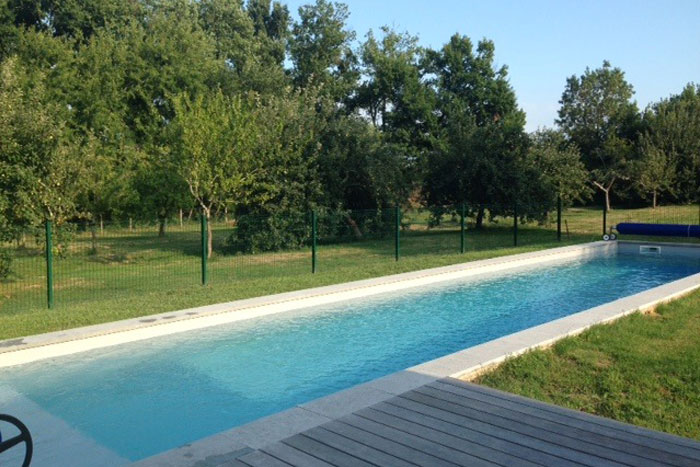 Pool copings in Burgundy limestone