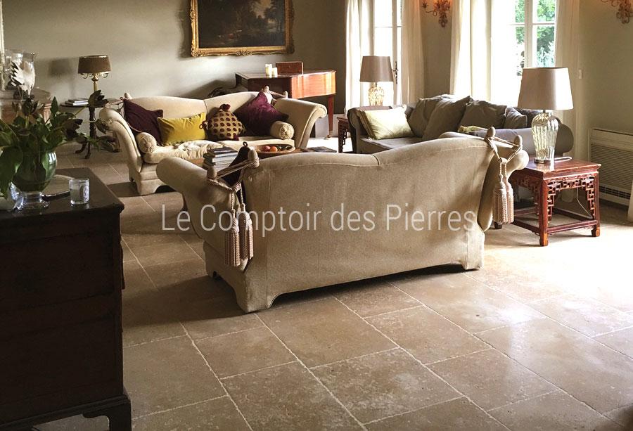 Dallage en pierre de Bourgogne Lavigny finition Vieilles Dalles