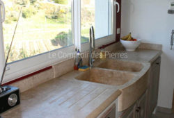 Mougins sink - 2 bowls and kitchen worktop <br/>in Burgundy limestone : <br/> Lanvignes Aged finish
