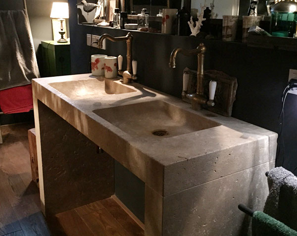 Double vasque Goult en pierre de Bourgogne doré vieilli