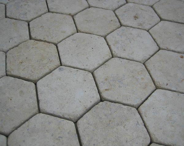Tomettes anciennes en pierre naturelle