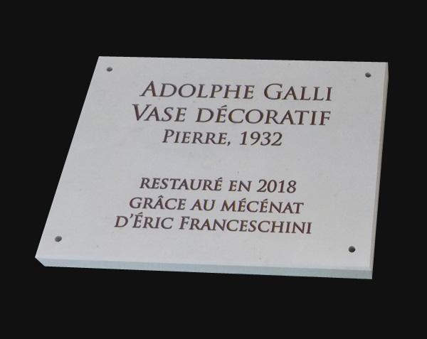 Gravure en pierre. Restauration - Mécénat. Domaine de Saint-Cloud