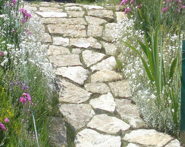 Opus incertum pierre de bourgogne allée