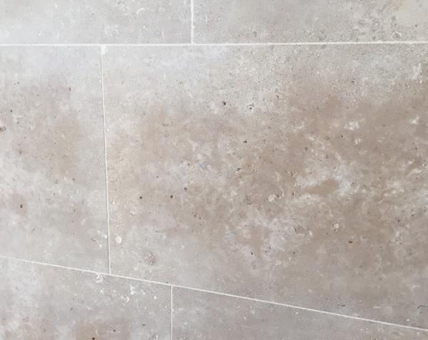 Mur en pierre Salle de bain - Lanvignes Adouci