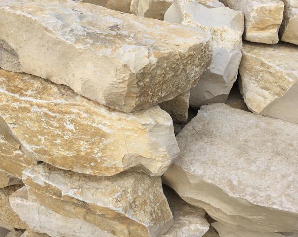 Palettes de moellons en pierre à vendre