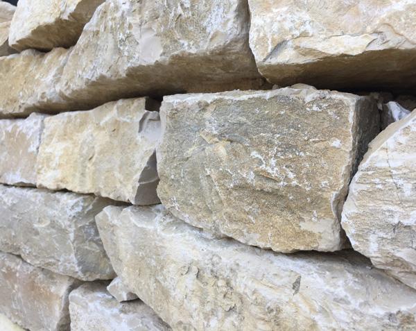 Moellon en pierre naturelle de Bourgogne
