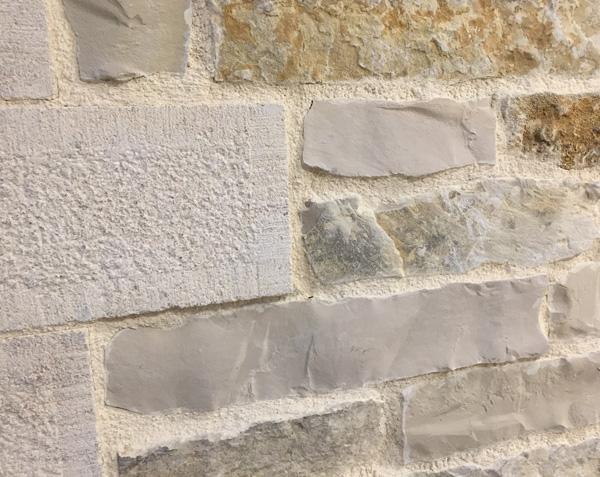 Parement pierre sèche extérieur - Mélange Finition Naturel et Eclaté
