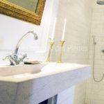 Goult washbasin in Burgundy limestone Charmot light Honed finish