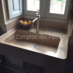 Custom-made sink in Burgundy limestone Charmot light Honed finish