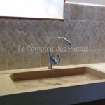 Lauris sinkin Burgundy limestone :Charmot golden Honed finish
