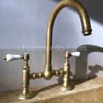 Senanque tap Aged brass