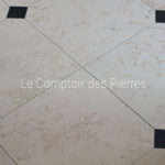 Tiles with cabochon Comblanchien and Bluestone