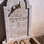 Details of hollow carvingin Burgundy stone - Lie de vin color