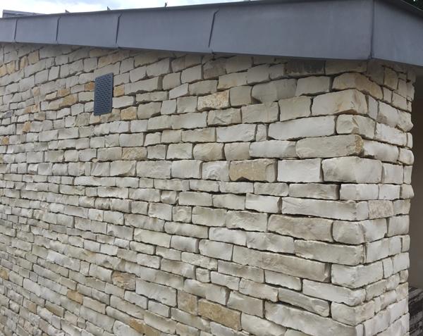 Barrette de pierre pour muret