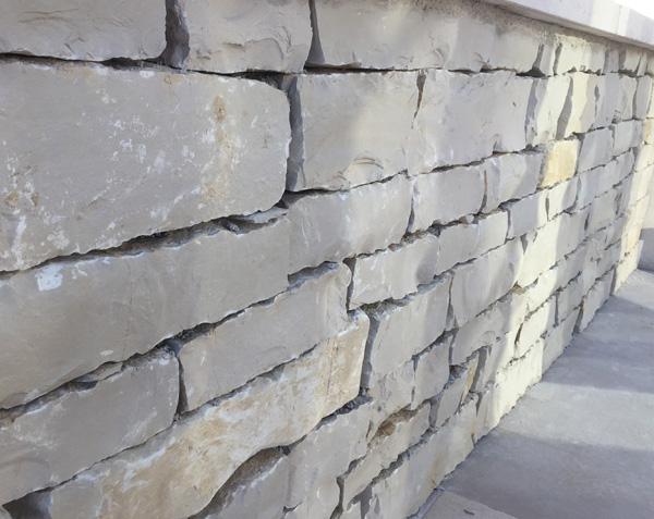 Barrette en pierre de l'Yonne