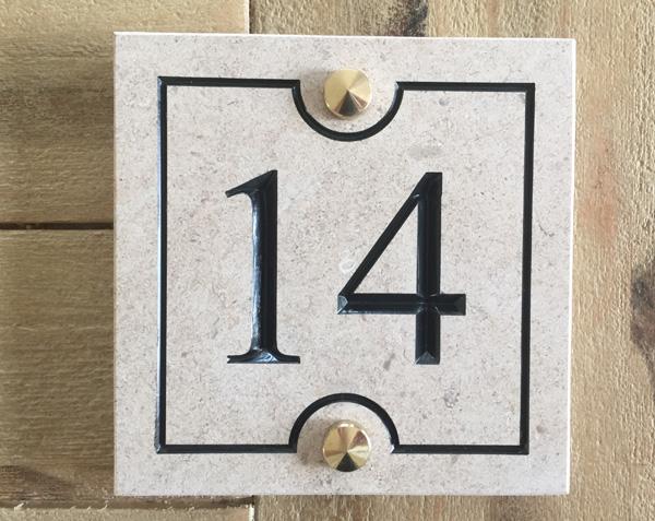 Numéro de rue en pierre - Kit fixation Pointe de diamant Laiton