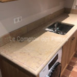 Kitchen worktop in Burgundy limestone Corton Honed finish