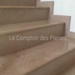 Semelles et plinthes en pierre de Bourgogne Comblanchien Clair Adouci