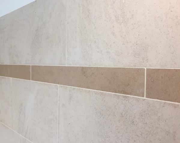 Frise décorative en pierre naturelle - Charmot Doré Adouci