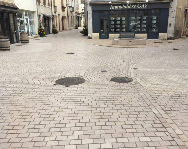 Pavés de rue en pierre de Comblanchien