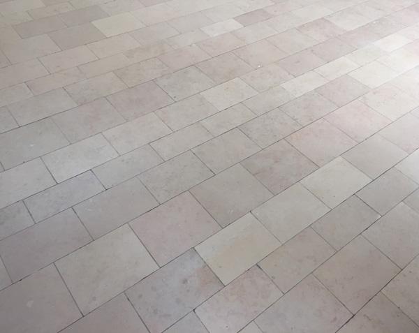 Pavés en pierre de Comblanchien - Largeur 15-20-25 cm x Longueurs Libres