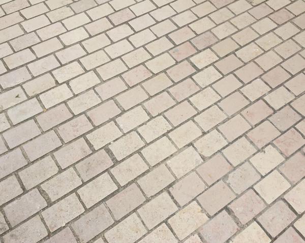 Pavés de rue en Comblanchien