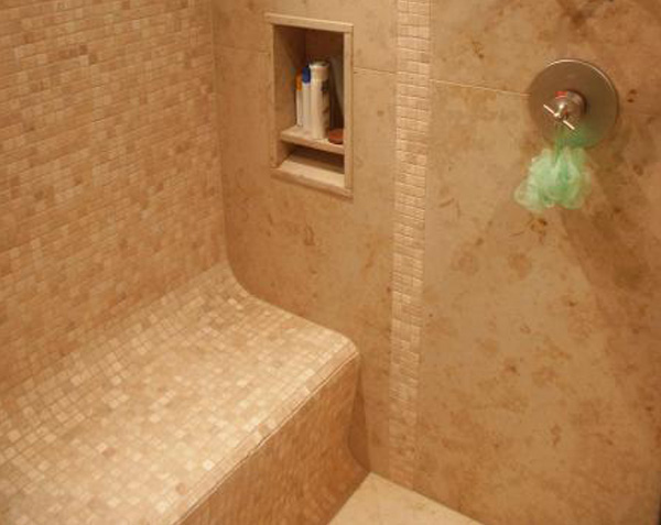 Mosaïque en pierre pour salle de bain